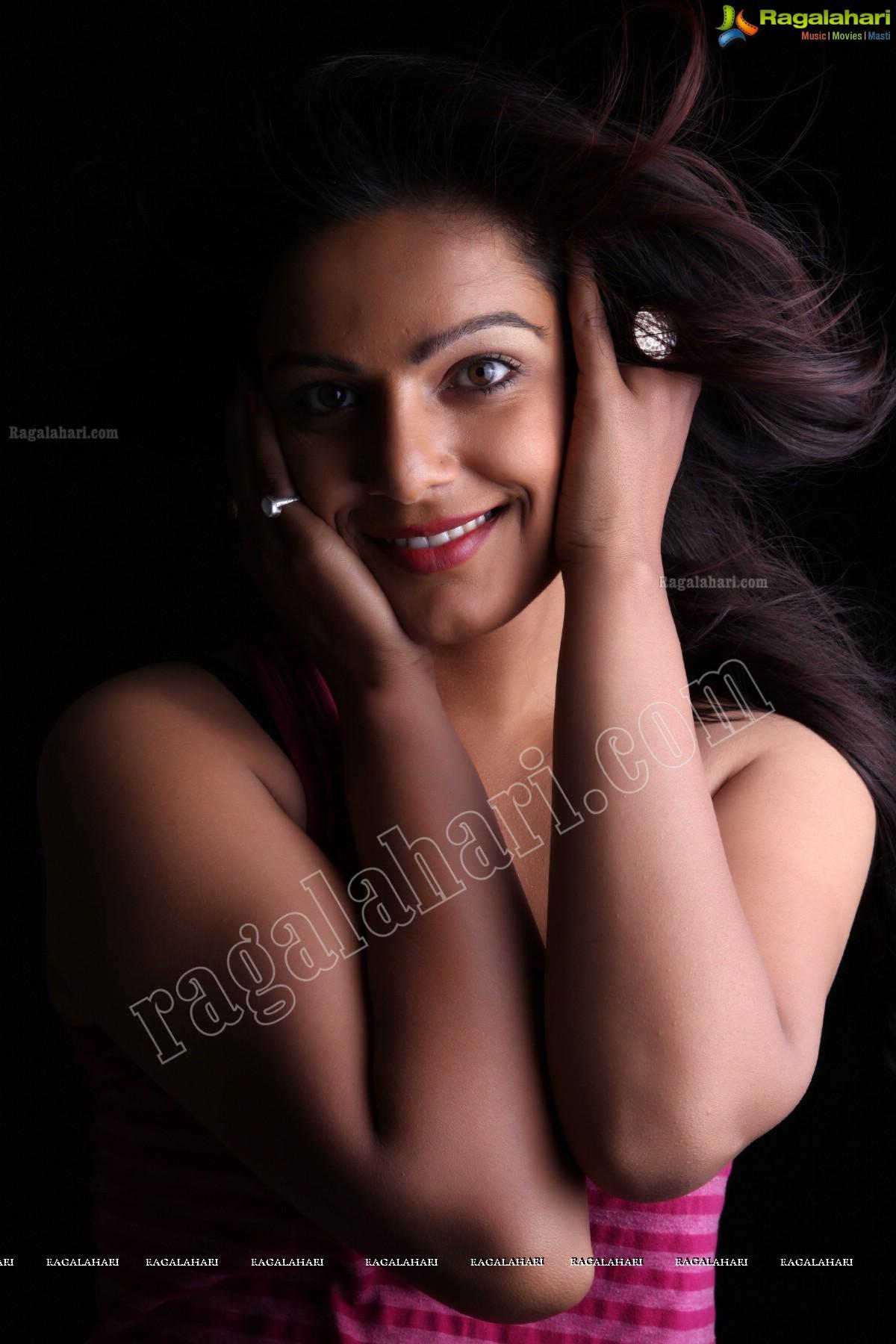 anjali dwivedi image 70 | tollywood heroines wallpapers ,telugu