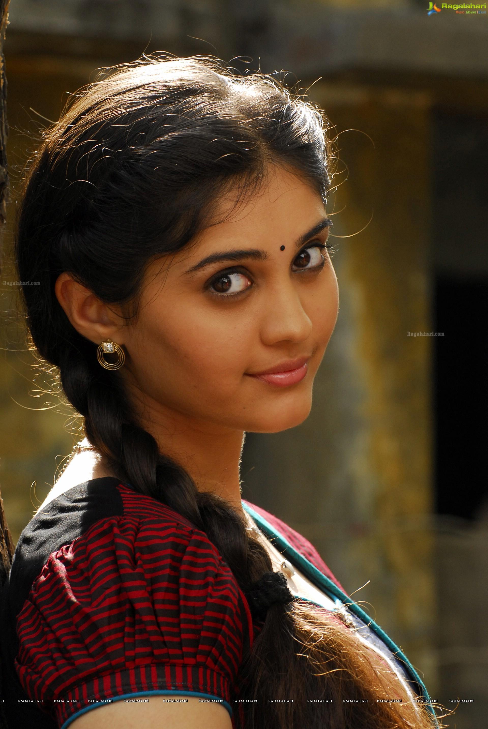 surabhi (high definition) image 464 | telugu movie actress photos