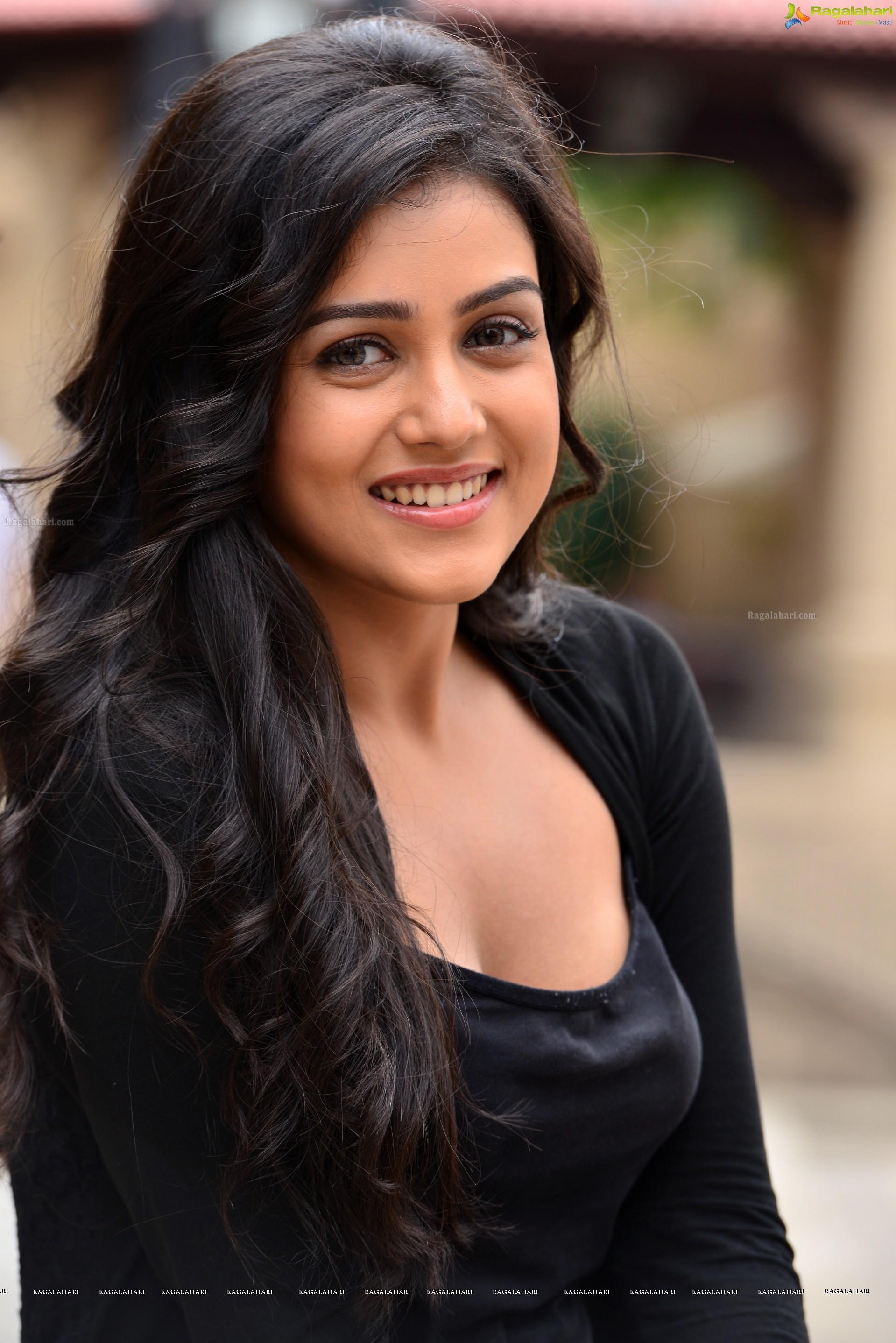 Mishti Chakraborty (HD) Image 16 | Telugu Heroines ...