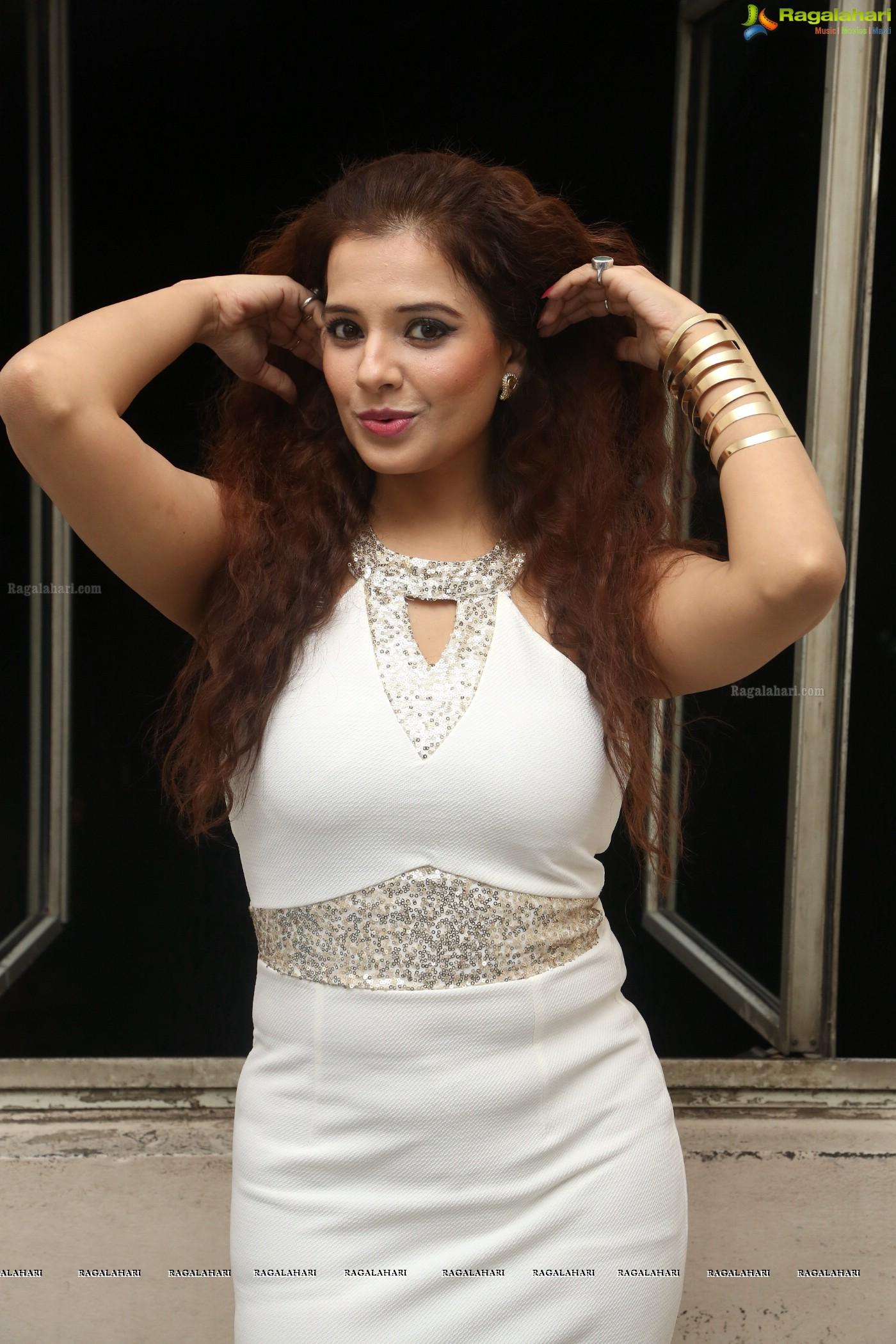 Saloni Aswani nudes (84 pics), young Pussy, iCloud, cameltoe 2016