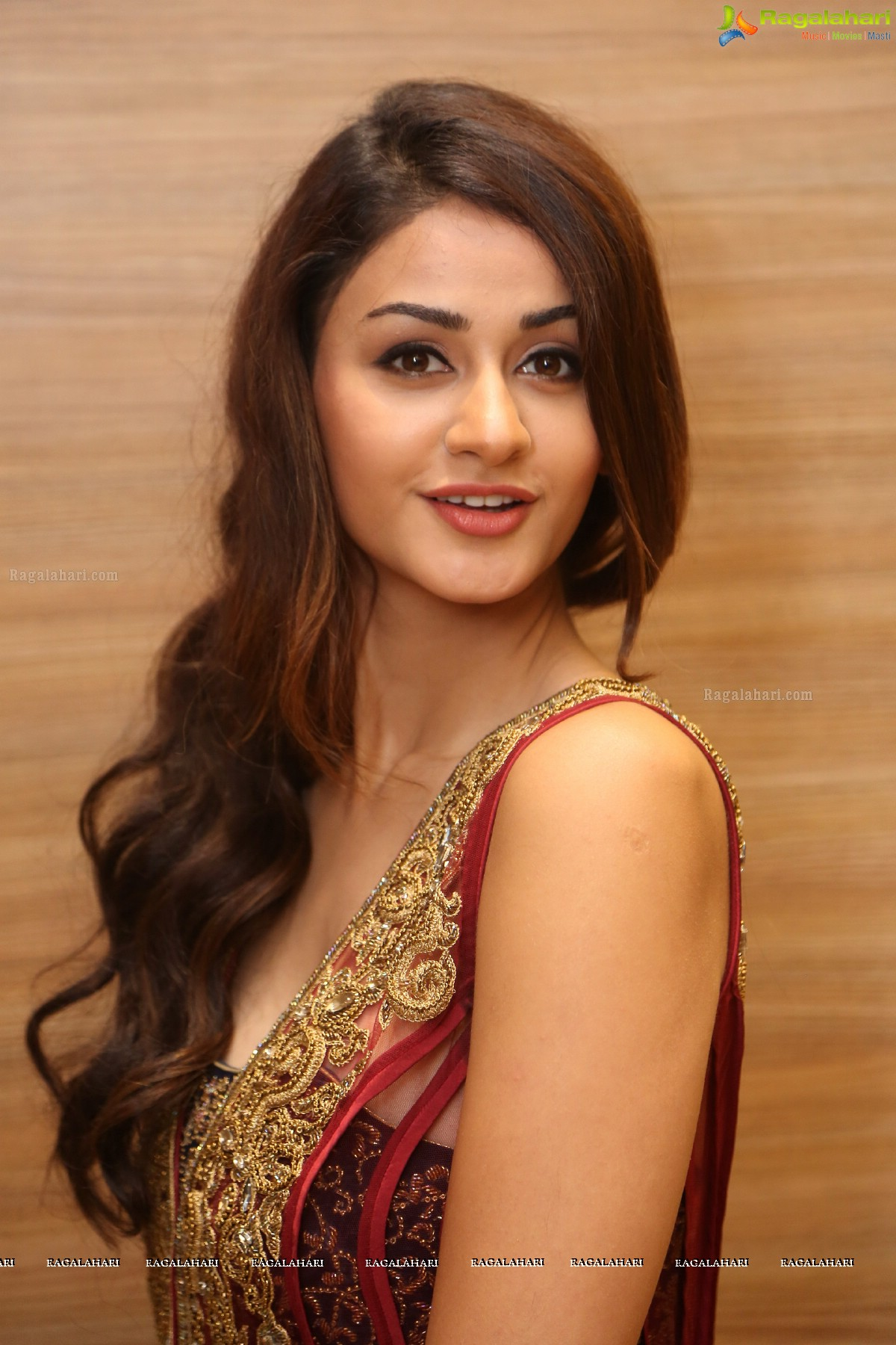 Aditi Arya Image 18 Telugu Actress Wallpapers Images Photos