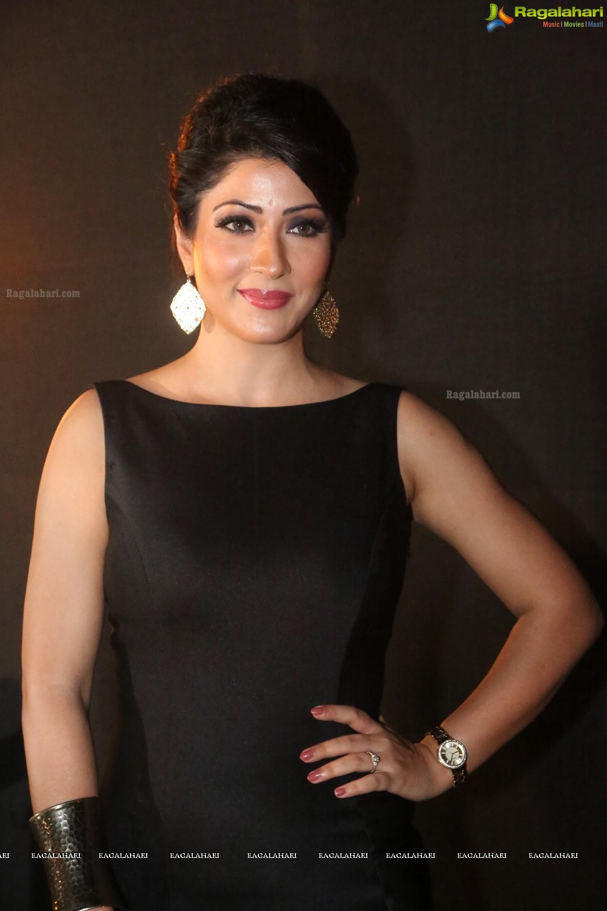 Shivani sexy