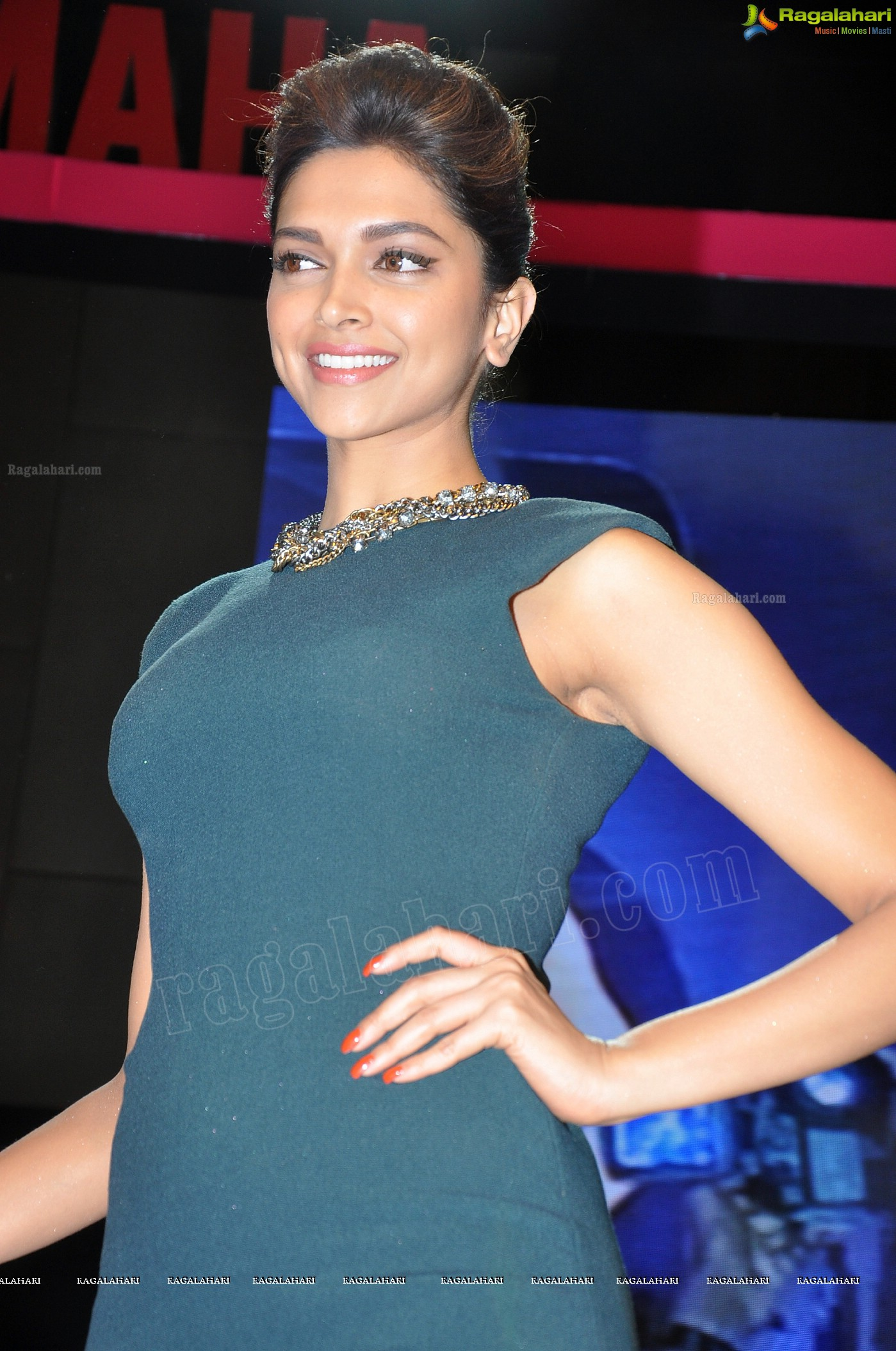 Deepika Padukone (Posters) Image 114 | Beautiful Tollywood ...