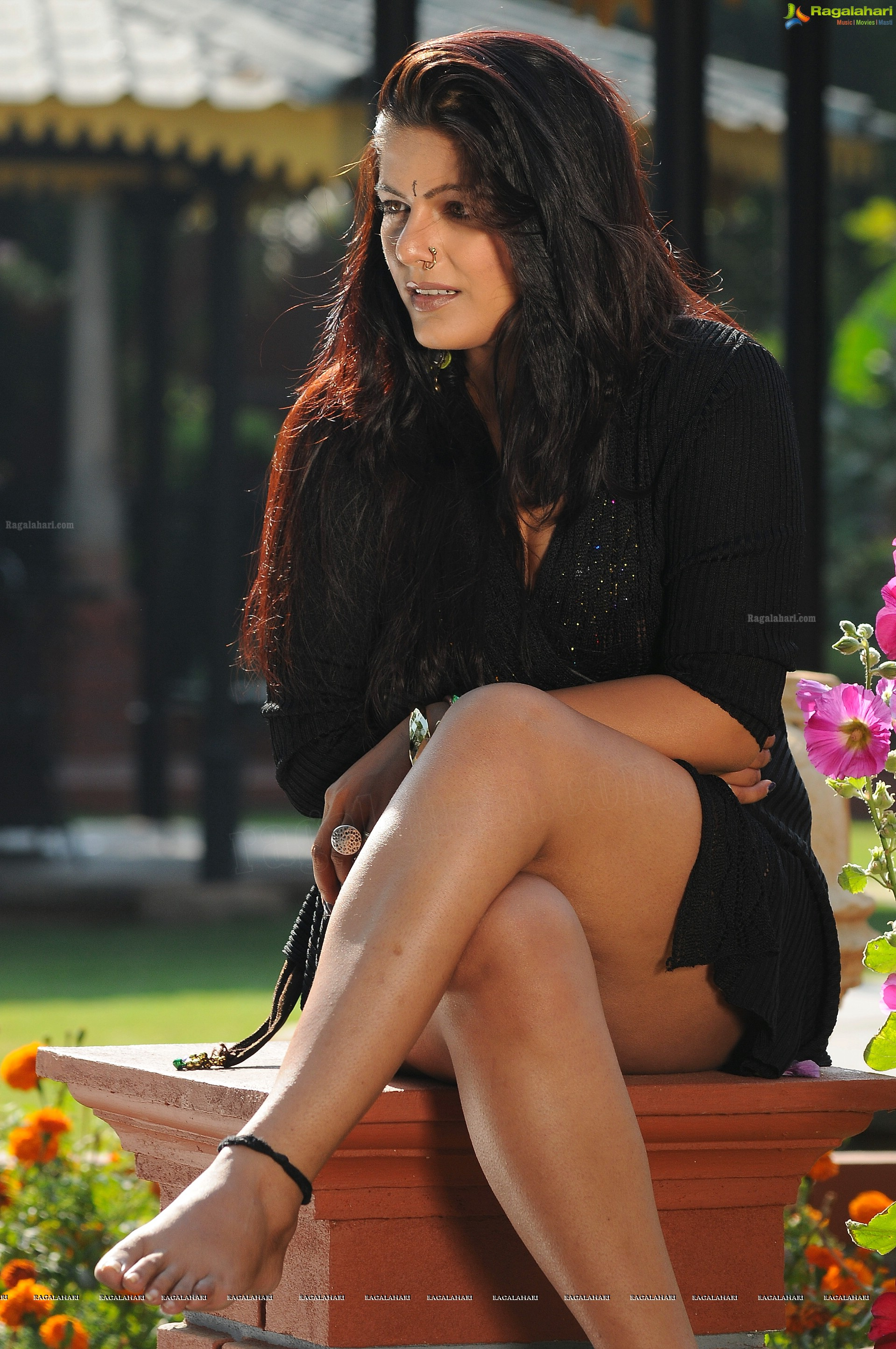 anajali dwivedi - sexy thighs - high quality pictures - hot as hell