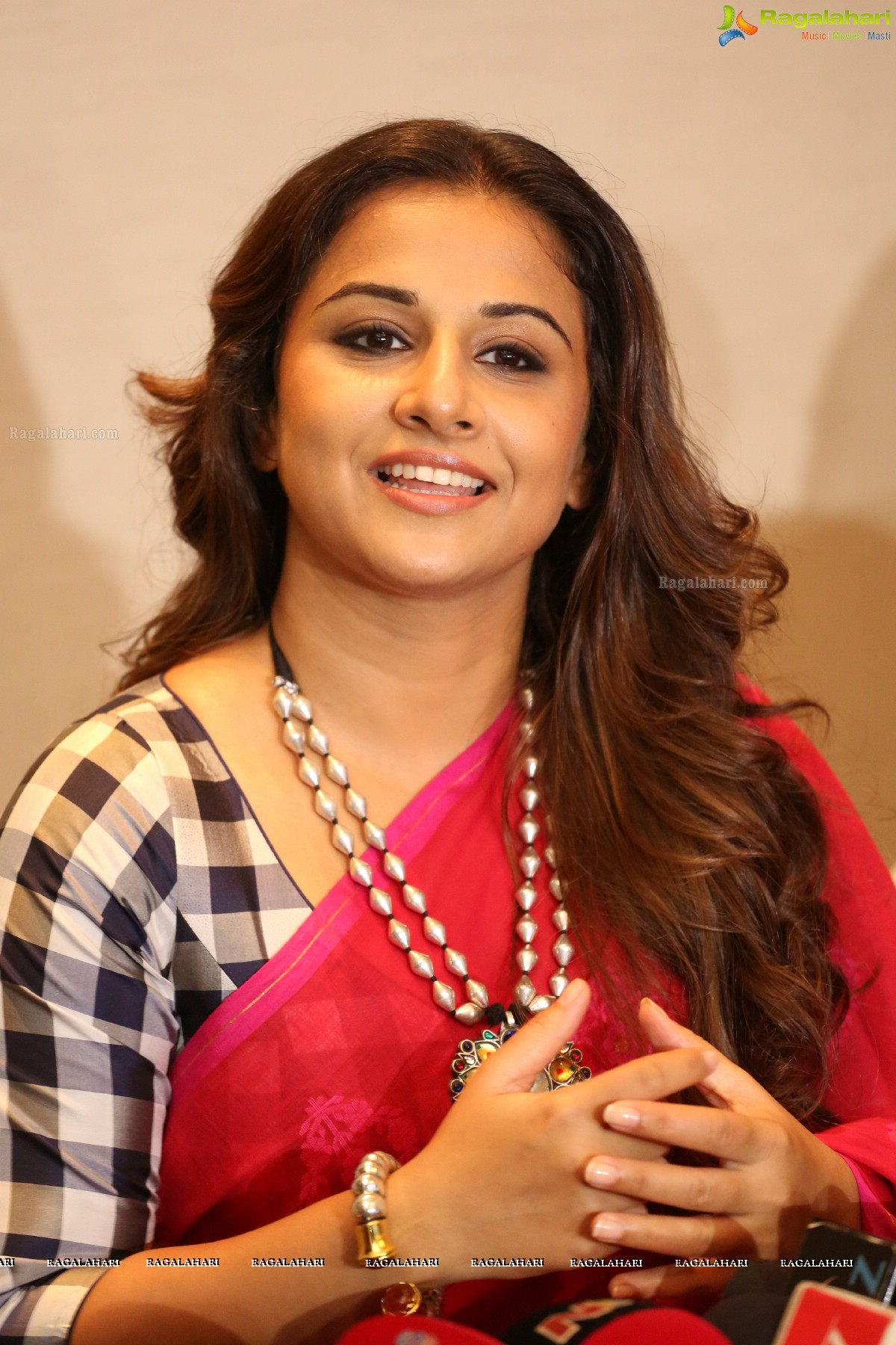 vidya balan image 36 | telugu actress posters,images, photos